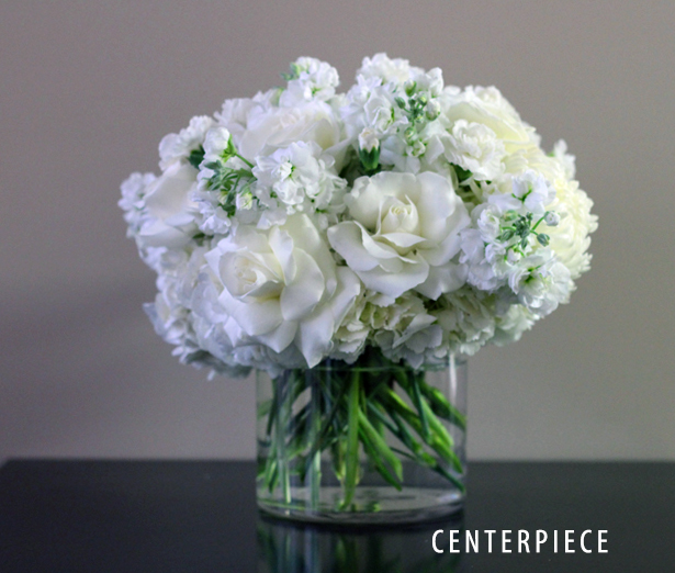 BRIDAL WHITE CENTERPIECE