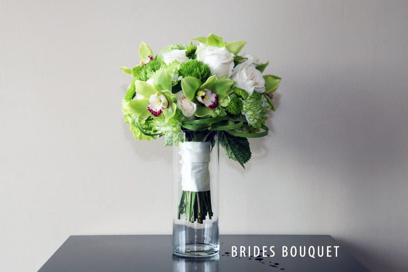 GREEN BRIDES BOUQUET VERTICAL